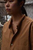 画像2: Cristaseya   #08EF-T JAPANESE COTTON MAO SHIRT WITH PADDED COLLAR  col.TERRE (2)