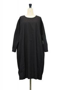 CASEY CASEY  16FR343  PYJ PLEE 1 DRESS - PLEAT4  col.BLACK