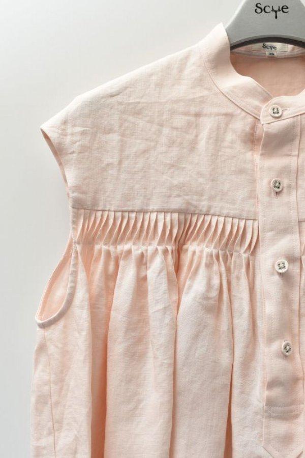 画像2: Scye  Linen Pintucked Sleeveless Shirt  リネン高密度タックノースリーブシャツ  col.ペールピンク  ※ Scye オリジナル ハンガー 付き